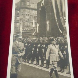 carte postale Hitler - militaria allemand