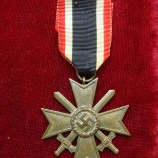 croix du mérite glaives militaria allemand